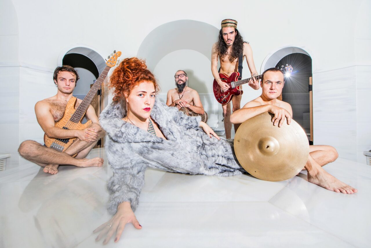 Konzert JAMILA & THE OTHER HEROES – Zirkus Momolo 05.09.