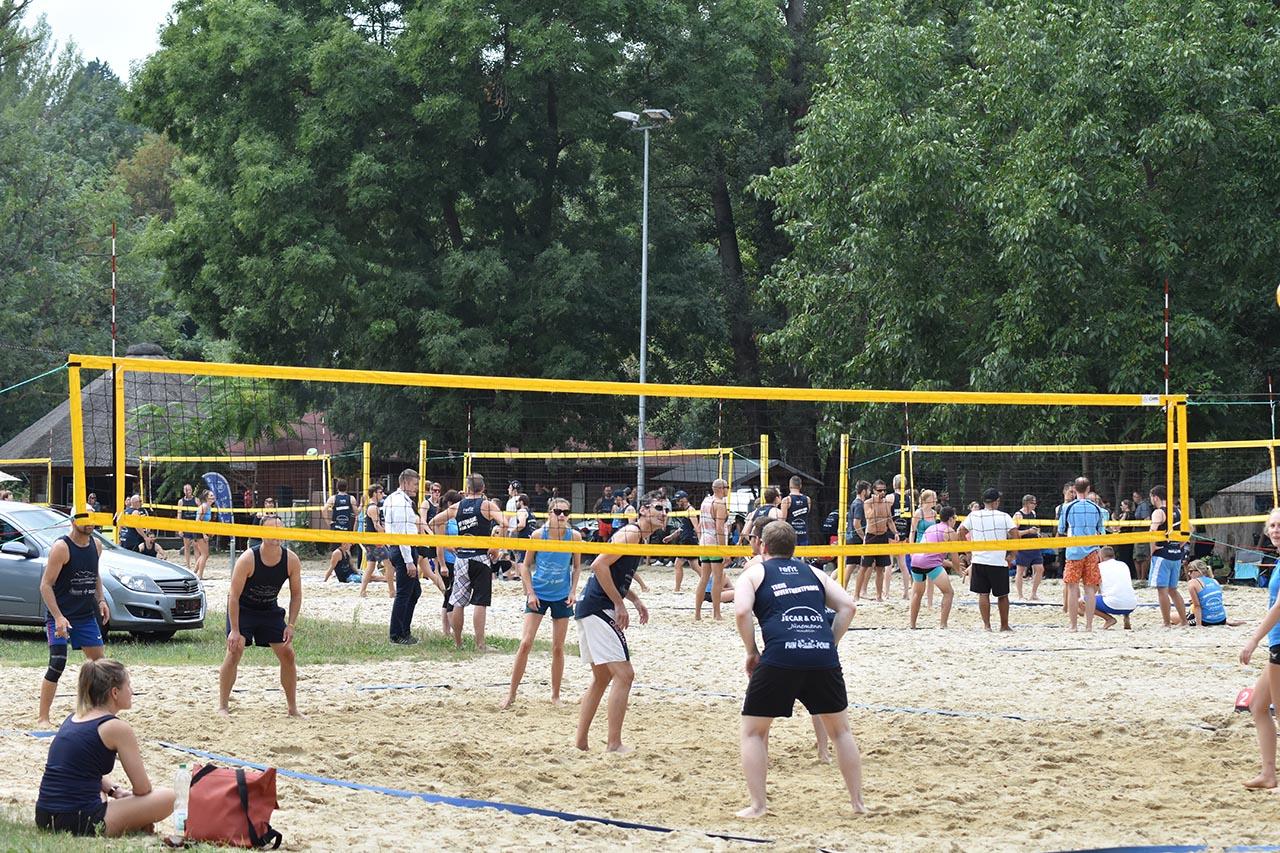 Fun4Four – Thüringens größtes Beach-Volleyball Turnier
