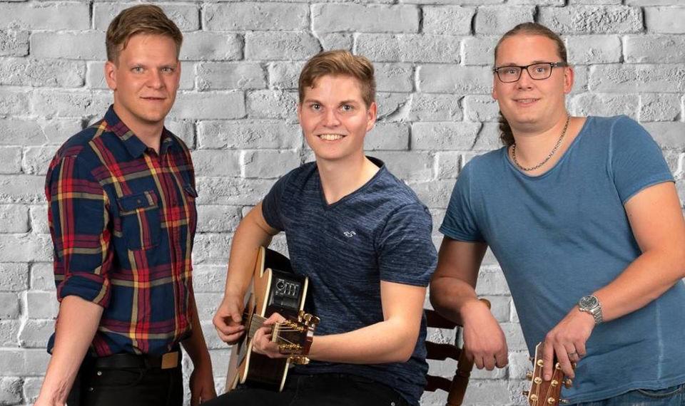 !!! ABGESAGT – Brillant – DIE Unplugged – Partyband 06.11. Café Zeitreise Jena